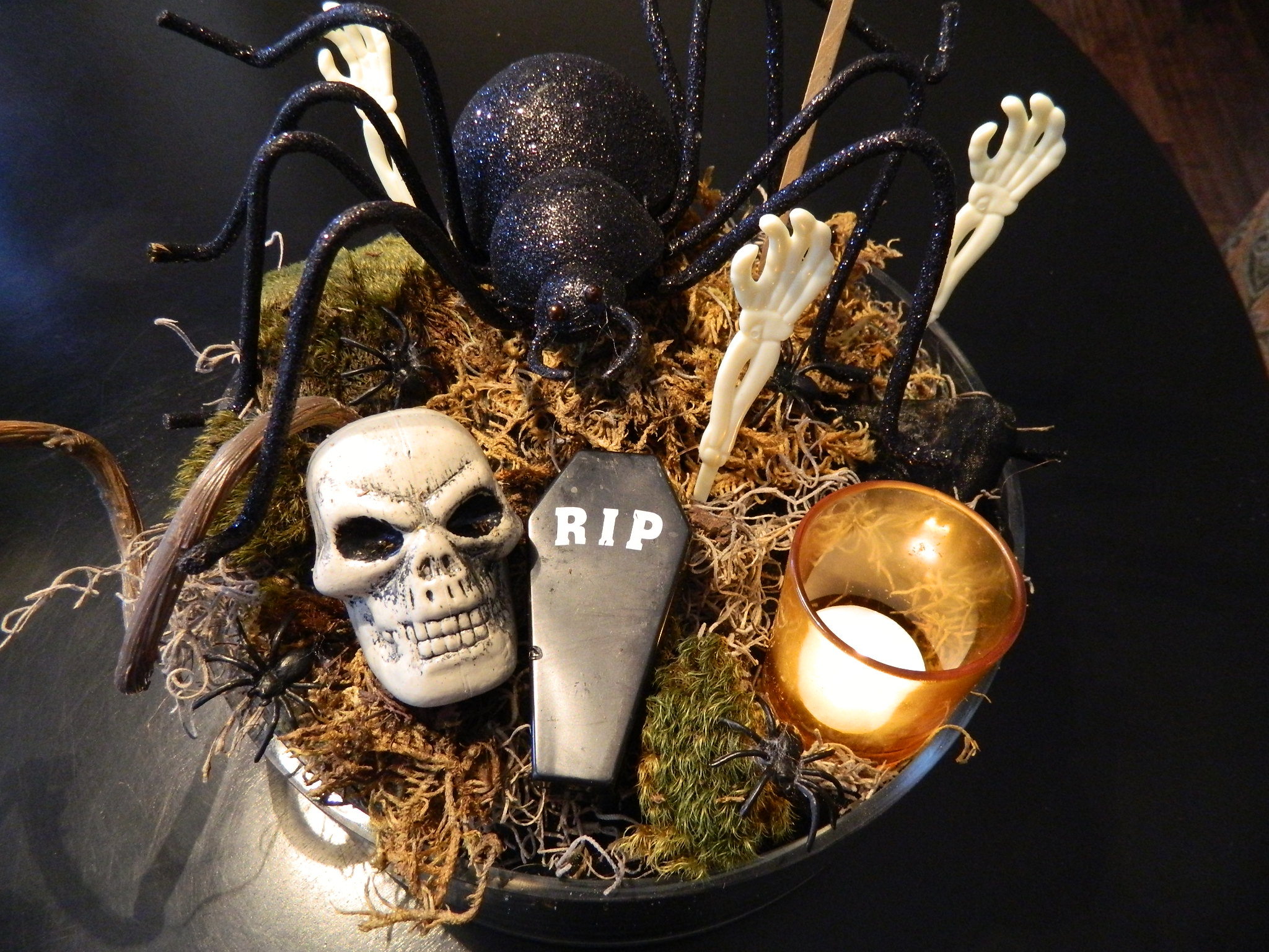 Halloween Diy Idea 1 Spooky Centerpiece