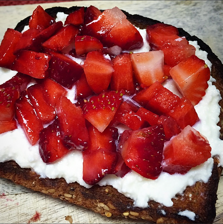 ... and Tasty for Spring: Strawberry Ricotta Toast and Strawberry Flax Jam